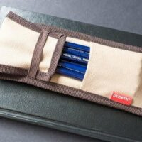 derwent traveller pencil pouch