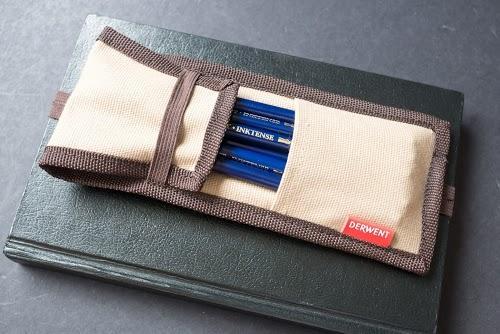 derwent traveller pencil pouch